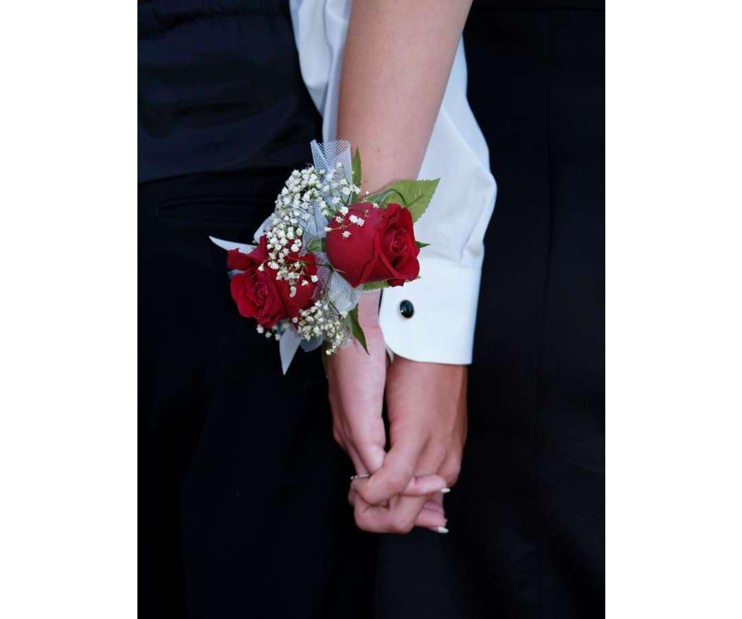 Red Rose & Gyp Pearl Corsage